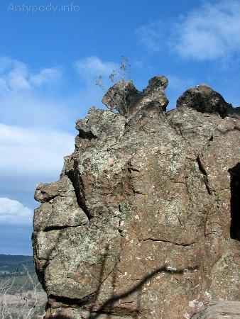 Wisząca Skała, Hanging Rock
